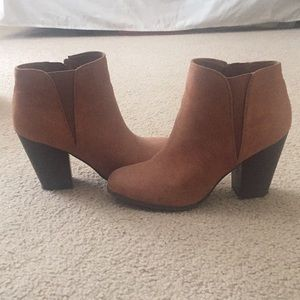 fergalicious booties (size 9.5)  worn ONCE